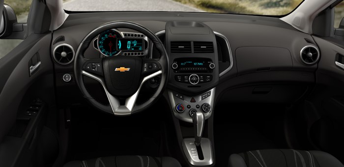 Chevrolet_Aveo_Interior_salon