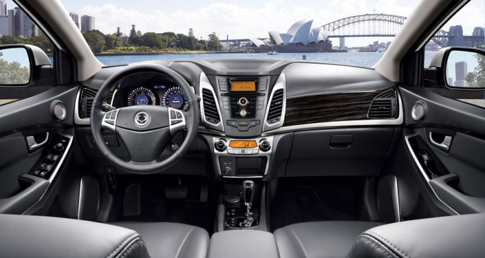 SsangYong New Actyon-salon