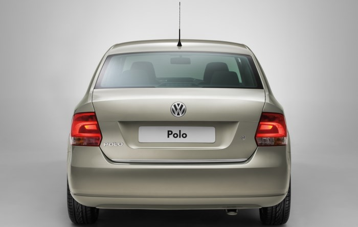 volkswagen polo sedan-foto