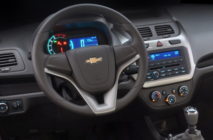 salon-Chevrolet Cobalt