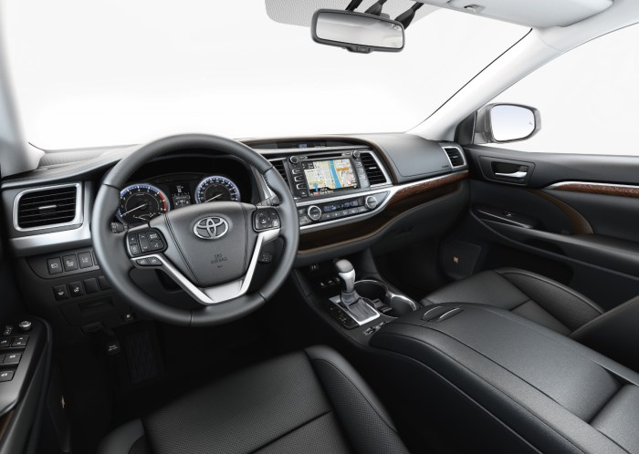 Toyota Highlander salon