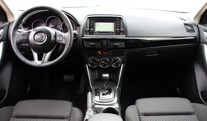salon-Mazda CX 5