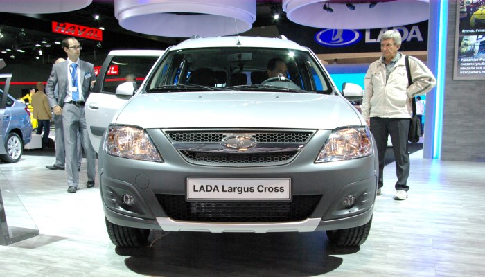 Lada-Largus-Cross