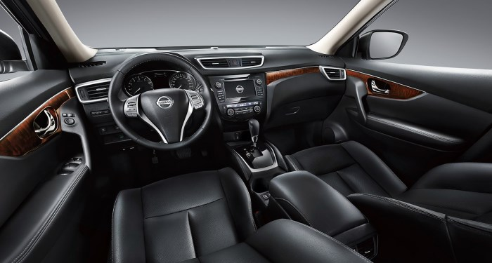 salon-Nissan X-Trail