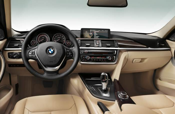 foto-salona-BMW 3 series