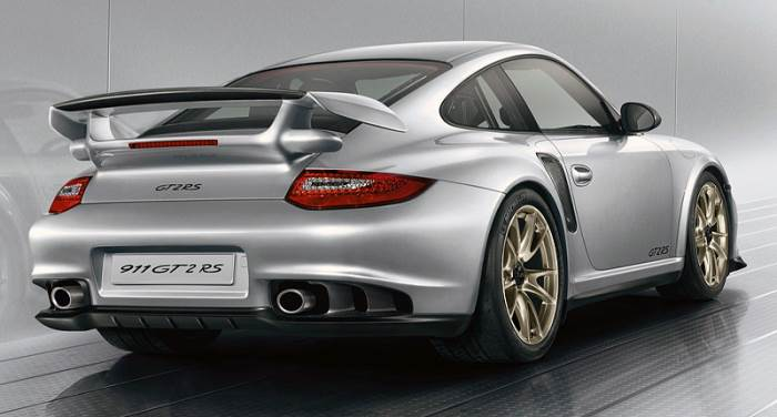 2010 Porsche 911 GT2 RS top car rating and specifications