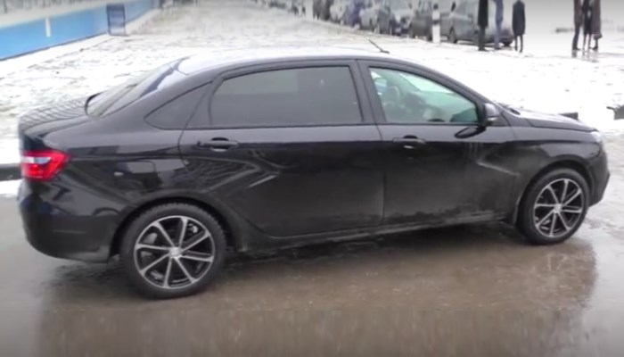 video-lada-vesta-signature