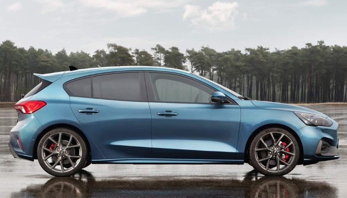 Ford-Focus-ST-2019-2020